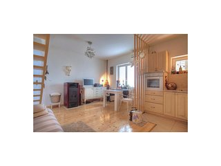 Nice home in Murter w/ WiFi and 3 Bedrooms