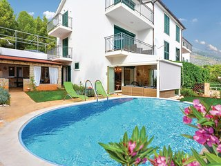 Stunning home in Ivan Dolac w/ WiFi and 2 Bedrooms