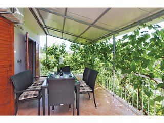 Beautiful home in Seline w/ WiFi and 2 Bedrooms