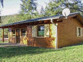 Stunning home in Merzalben w/ Sauna, WiFi and 2 Bedrooms