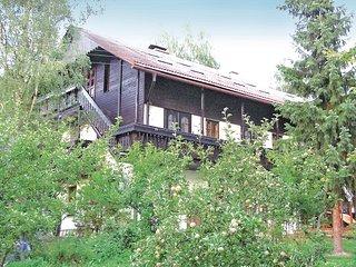 Beautiful home in Potucnik-Hanusovice w/ 3 Bedrooms and Outdoor swimming pool