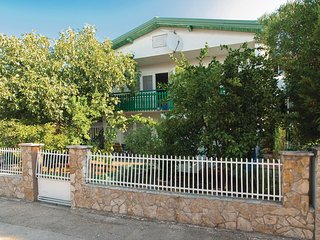 Amazing home in Pirovac w/ WiFi and 2 Bedrooms