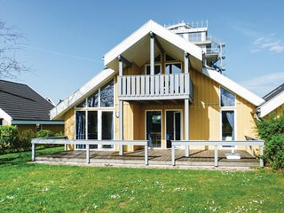 Nice home in Rechlin w/ Sauna and 2 Bedrooms