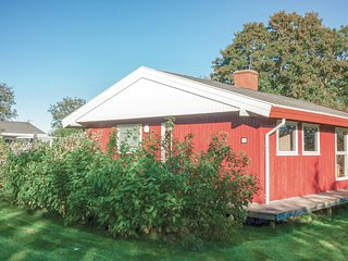 Awesome home in Farsø w/ 3 Bedrooms and WiFi