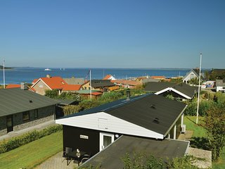 Nice home in Farsø w/ WiFi and 3 Bedrooms