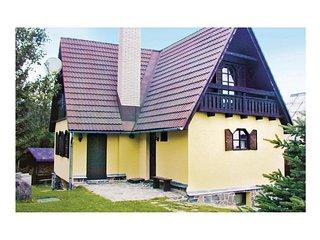 Beautiful home in Tajov w/ Sauna and 3 Bedrooms