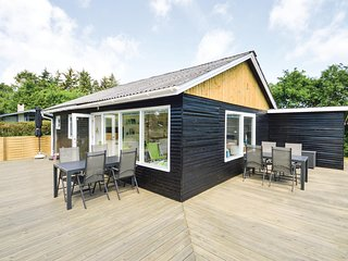 Beautiful home in Farsø w/ 3 Bedrooms and WiFi (L50529)