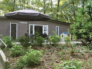 Awesome home in Leende w/ WiFi and 2 Bedrooms (HNB076)
