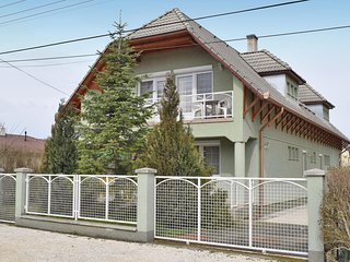 Awesome home in Balatonlelle w/ 2 Bedrooms (UBF014)