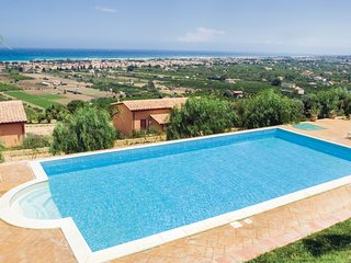 Awesome home in Campofelice Roccella w/ WiFi, 1 Bedrooms and Outdoor swimming po
