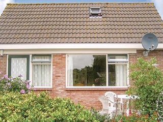 Stunning home in Hippolytushoef w/ WiFi and 2 Bedrooms (HNH005)