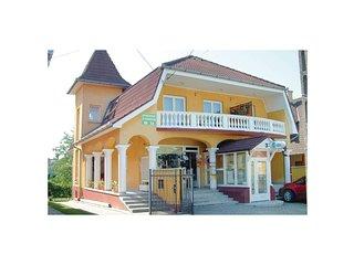 Nice home in Balatonlelle w/ WiFi and 1 Bedrooms (UBF129)