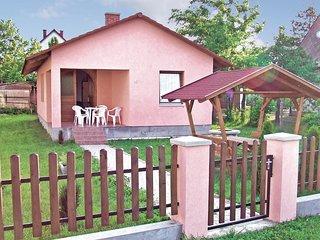 Nice home in Balatonlelle w/ 3 Bedrooms (UBF114)