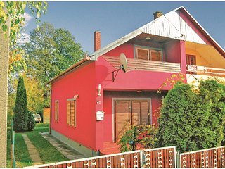Awesome home in Fonyód w/ 2 Bedrooms (UBF203)