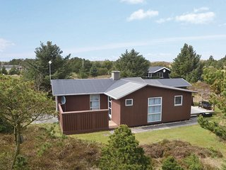 Amazing home in Oksbøl w/ WiFi and 3 Bedrooms (P32274)