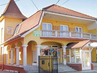 Beautiful home in Balatonlelle w/ WiFi and 2 Bedrooms (UBF134)