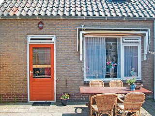 Awesome home in Egmond Aan Zee w/ WiFi and 3 Bedrooms
