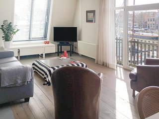 Beautiful home in Enkhuizen w/ WiFi and 2 Bedrooms