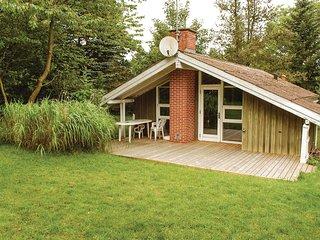 Nice home in Ebeltoft w/ 2 Bedrooms