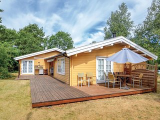 Nice home in Ebeltoft w/ WiFi and 3 Bedrooms (E4811)