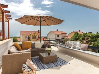 Nice home in Premantura w/ WiFi and 3 Bedrooms