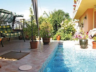 Awesome home in Balchik w/ 3 Bedrooms and Outdoor swimming pool