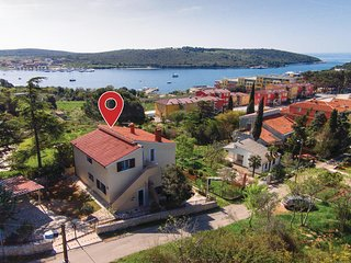 Nice home in Pula w/ WiFi and 2 Bedrooms