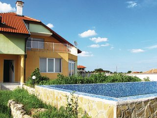 Beautiful home in Village of Tynlenovo w/ 3 Bedrooms and Outdoor swimming pool