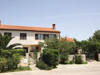 Amazing home in Pula w/ 2 Bedrooms and WiFi