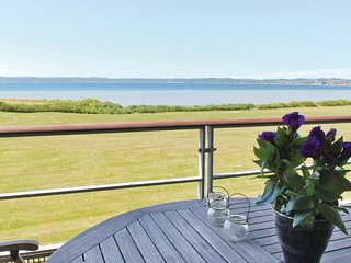 Amazing home in Ebeltoft w/ Sauna, WiFi and 2 Bedrooms