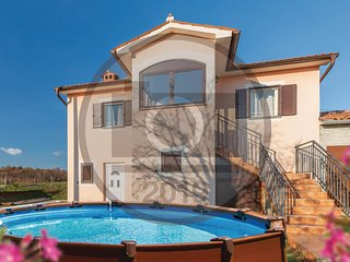 Amazing home in Nedescina w/ WiFi and 3 Bedrooms
