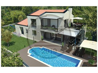 Awesome home in Krnica w/ Jacuzzi, WiFi and 3 Bedrooms