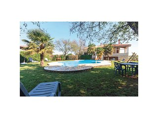 Beautiful home in Valtura w/ WiFi and 2 Bedrooms