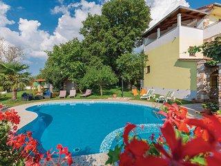 Nice home in Veli Jezenj w/ WiFi and 2 Bedrooms (CIC326)