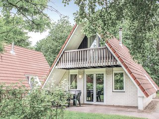 Beautiful home in Gramsbergen w/ WiFi and 3 Bedrooms (HOV028)