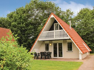 Stunning home in Gramsbergen w/ WiFi and 3 Bedrooms