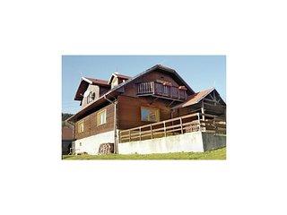 Beautiful home in Velka Rovne w/ 4 Bedrooms