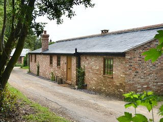 The Bothy, luxury 2 bedroom cottage (sleeps 4)