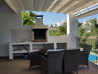 Riviera del Sol Villa Sleeps 10 with Pool Air Con and WiFi - 5700438