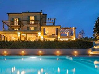 6 bedroom Villa in Civitanova Alta, The Marches, Italy - 5741258