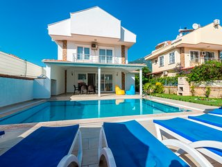 Hisaronu Holiday Villa Rental with Private Swimmingpool