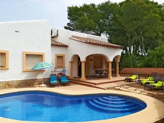 3 bedroom Villa with Pool, Air Con and WiFi - 5777519