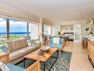 Luxury Ocean view beachfront 2 bedr/2 bath Suite. Sleeps 7. New renovations.!