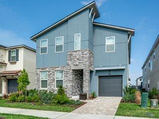 9035PC Orlando Newest  Resort Community Town Home