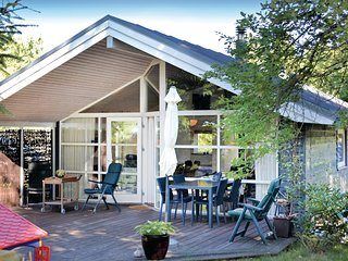 Beautiful home in Gilleleje w/ WiFi and 2 Bedrooms