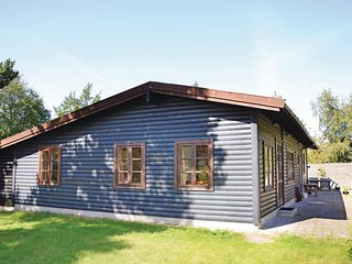 Beautiful home in Gilleleje w/ WiFi and 4 Bedrooms (E04419)