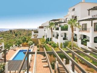 Amazing home in Los Monteros w/ 3 Bedrooms