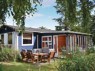 Nice home in Kirke Hyllinge w/ 2 Bedrooms