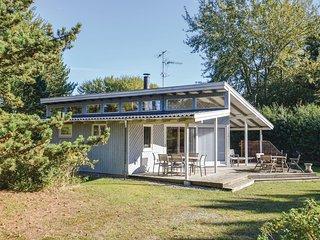 Amazing home in Sjaellands Odde w/ WiFi and 4 Bedrooms