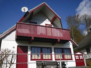 Nice home in Kirchheim/Hessen w/ 3 Bedrooms (DHE151)